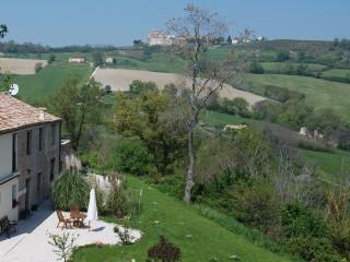 Bright 2 bedroom Apartment in Sant'Ippolito with Deck - Sant'Ippolito vacation rentals