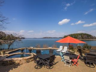 Southern Charm Lake Norman NC - Charlotte vacation rentals