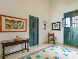 A sunny, spacious retreat for families. - Merida vacation rentals