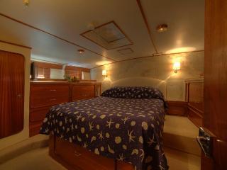 Deramore classic motor yacht Superior room - Punta Ala vacation rentals