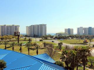 Palms Resort #2517 - Full 3 Bedroom Penthouse! 15% OFF Stays From 4/11 - 5/15! Fab 5th Fl Corner Vie - Destin vacation rentals