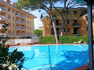 Appartamento 3-4 persone con piscina con lettini - Eraclea Mare vacation rentals