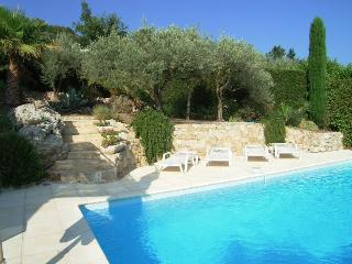 Family villa in Callas 3 bedrooms sleeps 6 - Callas vacation rentals