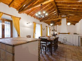 Casa Vacanza Alcantara Rustic House - Motta Camastra vacation rentals