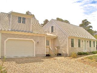 Eastham home ideal for multiple families: 015-E - Eastham vacation rentals