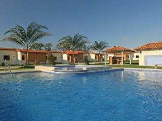 Nice Condo with Internet Access and Children's Pool - Alajuela vacation rentals