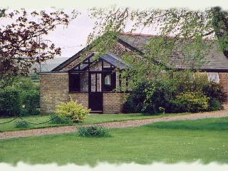 Nice Chalet with Internet Access and Outdoor Dining Area - East Meon vacation rentals