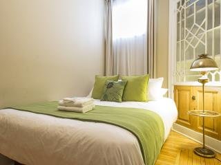 Tourist's Delight! Apart-Suites in Great Location - Quebec City vacation rentals