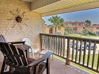 204 - 1Bdrm - Poolside - Image 1 - Port Aransas - rentals