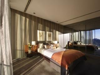 SKY PAD - Contemporary Hotels - Sydney vacation rentals