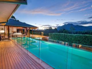BELLINGEN VILLA - Contemporary Hotels - Dorrigo vacation rentals