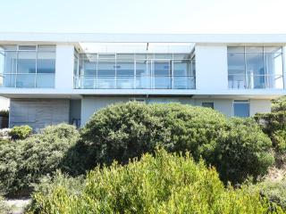 PORT ELLIOT VILLA - Contemporary Hotels - Port Elliot vacation rentals