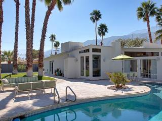 Spacious Mid-Century Alexander, Pool heat included - Image 1 - Palm Springs - rentals