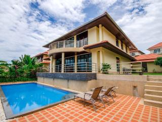 4 bedroom Villa. Tong Son Bay - Choeng Mon vacation rentals