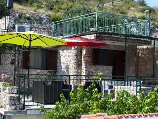Cozy Primosten Apartment rental with Internet Access - Primosten vacation rentals