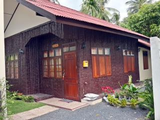 Lamai House 2 Bedroom with Kitchen near Beach - Lamai Beach vacation rentals