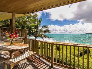 10% off avail June! Gorgeous Beachfront Haena Home!! Amazing views & location - Hanalei vacation rentals