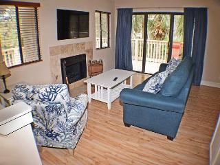 Beachwalk 207 -Townhouse-Spacious 1  Bedroom Condo - Hilton Head vacation rentals