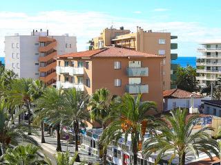 Edifico TERECEL ~ RA21257 - Salou vacation rentals