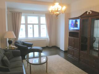 Romantic 1 bedroom Apartment in Dresden with Internet Access - Dresden vacation rentals