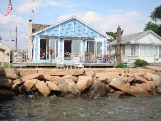 Little Neck Cottage, Guilford, CT - Guilford vacation rentals