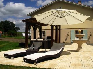 La Junnel Holiday Gite Dordogne (4 person) - Eymet vacation rentals
