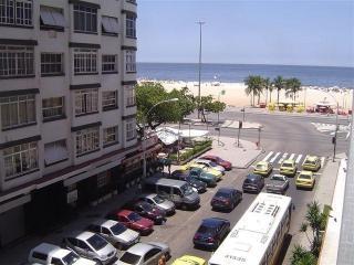 Great 4/3 Copacabana beach corner - Rio de Janeiro vacation rentals