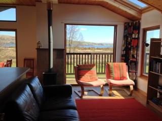 2 bedroom Lodge with Deck in Tighnabruaich - Tighnabruaich vacation rentals