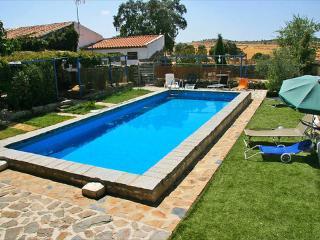 Cortijo del Zoco Bajo ~ RA19031 - Pozoblanco vacation rentals