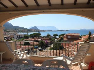 Attico in Sardegna Panoramicissimo Affittasi.... - Golfo Aranci vacation rentals