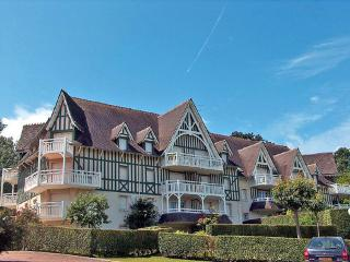 Les Jardins de la Côte Fleurie ~ RA24879 - Hermanville-sur-mer vacation rentals