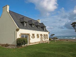 Saint Gonveld ~ RA25225 - Landunvez vacation rentals