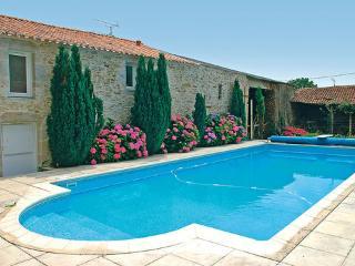 Le Clos des Vignes ~ RA25000 - Nantes vacation rentals