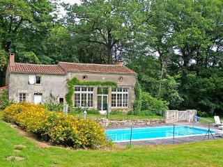 La Boulangerie ~ RA24923 - Moncoutant vacation rentals