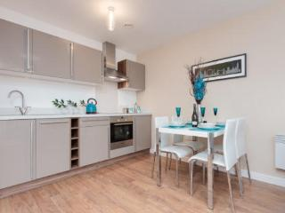 2 Bed High Spec City Centre Apart sleeps 6 (21) - Manchester vacation rentals