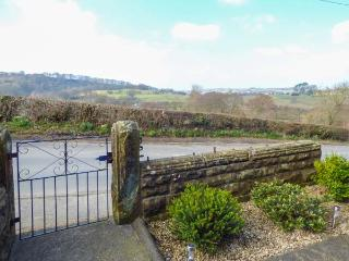 HART COTTAGE, pet-friendly, terraced cottage with a woodburner and countryside views, in Glaisdale, Ref 14967 - Glaisdale vacation rentals