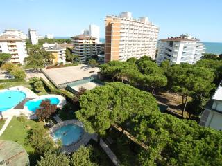 Sea View Residence with two swimming POOLS and A/C - Lignano Sabbiadoro vacation rentals