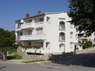 TOMASIC MILAN ~ RA31054 - Draga Bascanska vacation rentals