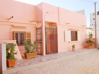 Nice Guest house with Internet Access and A/C - Guediawaye vacation rentals