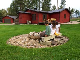 The Little Red Inn.  Quiet country comfort. - Custer vacation rentals