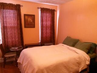 Smart, Beautiful and Cozy Room - Brooklyn vacation rentals