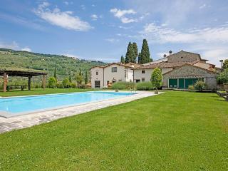 Castel D'Acone ~ RA35079 - Rufina vacation rentals