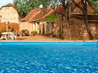 Maison Jasmine de Najac - Najac vacation rentals