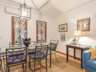 Elegant in Alfama with FREE parking - Lisbon vacation rentals