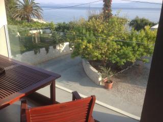 Apartments Ana Kadulja TOP LOCATION - Sutivan vacation rentals