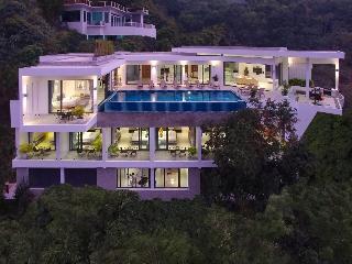 Luxury 9 bed Villa Sea views Sleeps 20,chef,cinema - Cherngtalay vacation rentals
