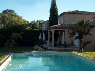Villa provençale de 200m² avec piscine privée. - Aix-en-Provence vacation rentals