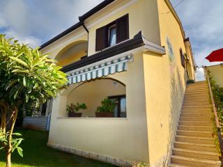 Mon Perin Castrum -Božac 3*** - Bale vacation rentals