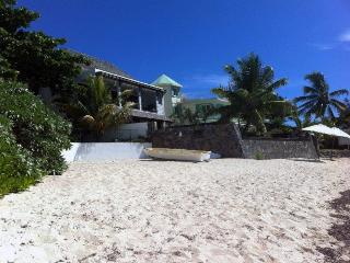 PRESTIGIOUS VILLA WITH PRIVATE POOL ON THE BEACH - Pointe aux Cannoniers vacation rentals