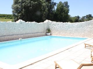 Mouledou La Grange converted stone barn & own pool - Penne d'Agenais vacation rentals
